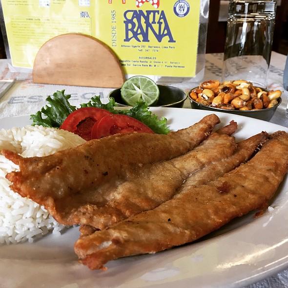 fried fish @ Canta Rana