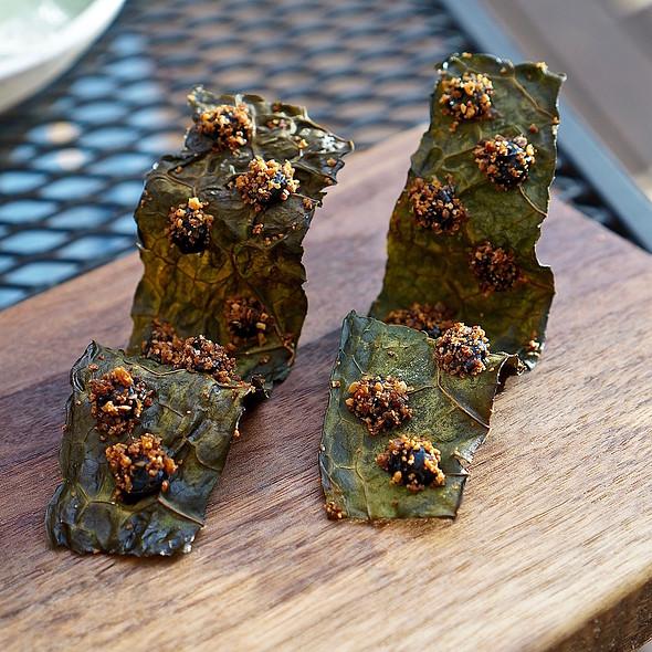 Toasted kale leaves, black truffle, seeded rye crumble