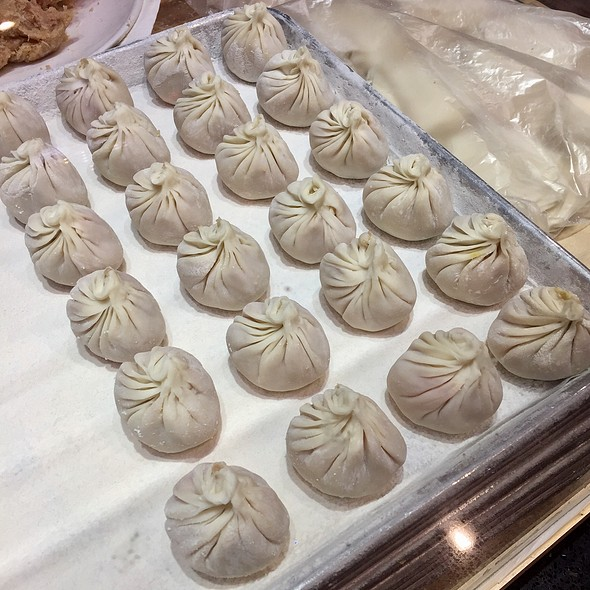 Fresh Shanghai Soup Dumplings