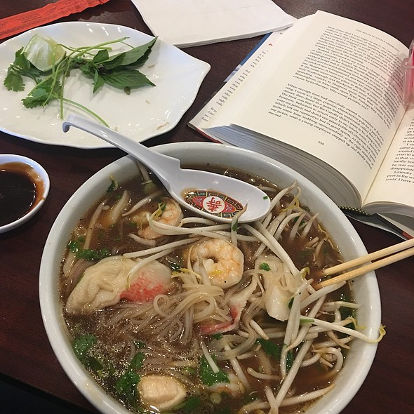 Pho Do Bien Hoac (Seafood Pho) @ Viet-Thai (fka Thai Kitchen)