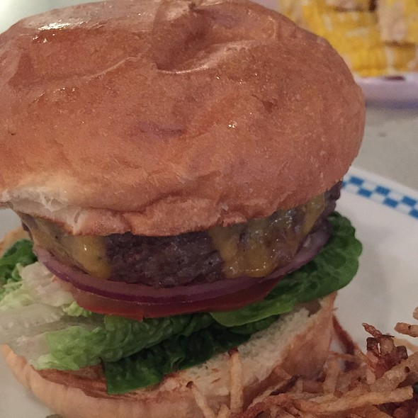 """The """"To Die For"""" Burger @ OverEasy"""