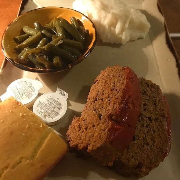 Poppy's Meatloaf @ Back Home Restaurant