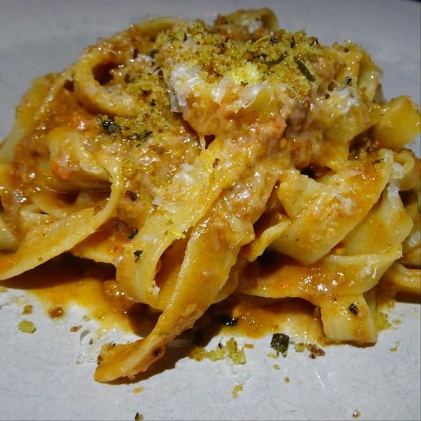 Gennaros Taglietelle Bolognaise @ Jamie's Italian