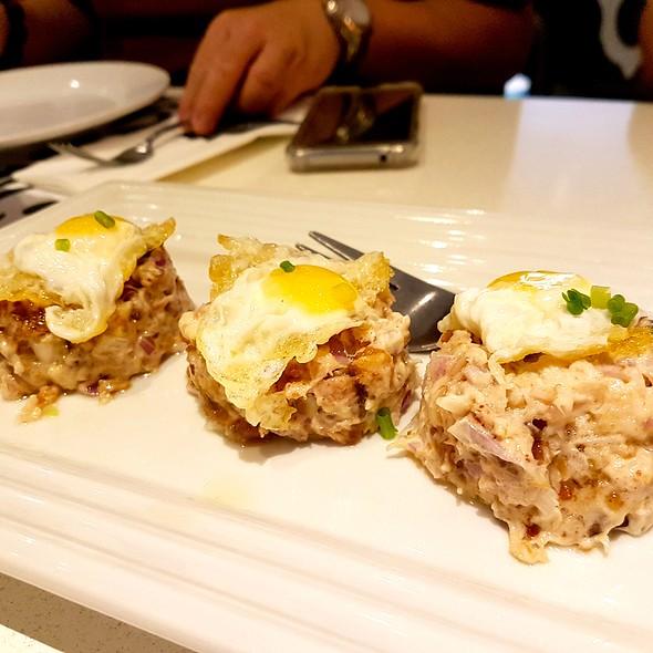 Lechon Kawali Sisig @ Romulo Cafe
