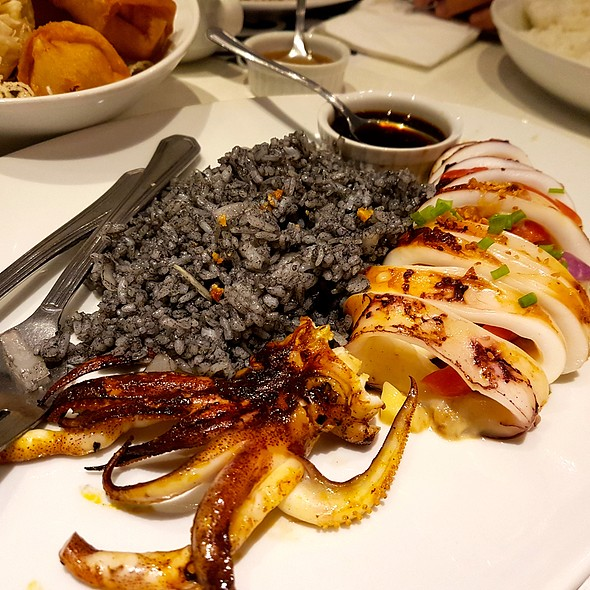 Grilled Squid @ Romulo Cafe