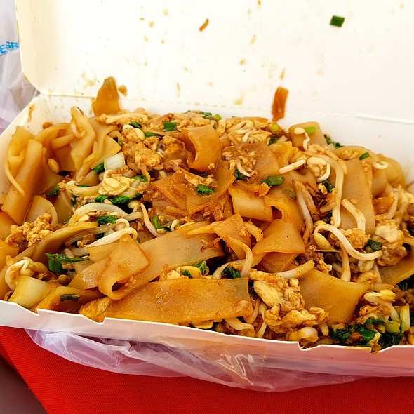 Char Kway Teow @ Asian Hawker Noodles