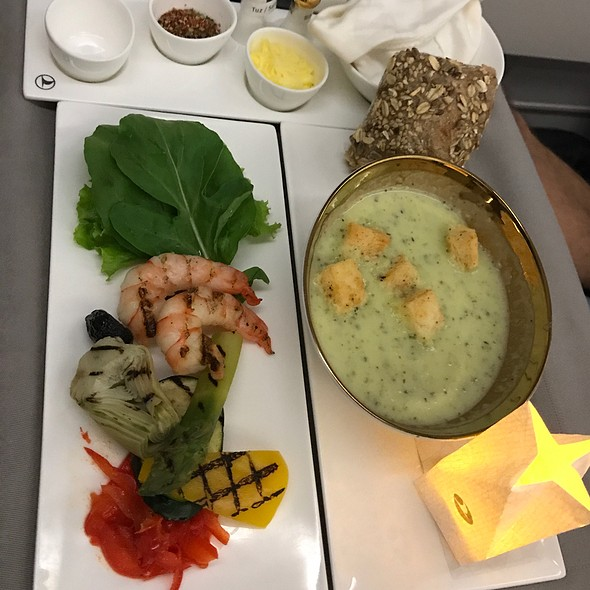 Zuccini Soup And Shrimps