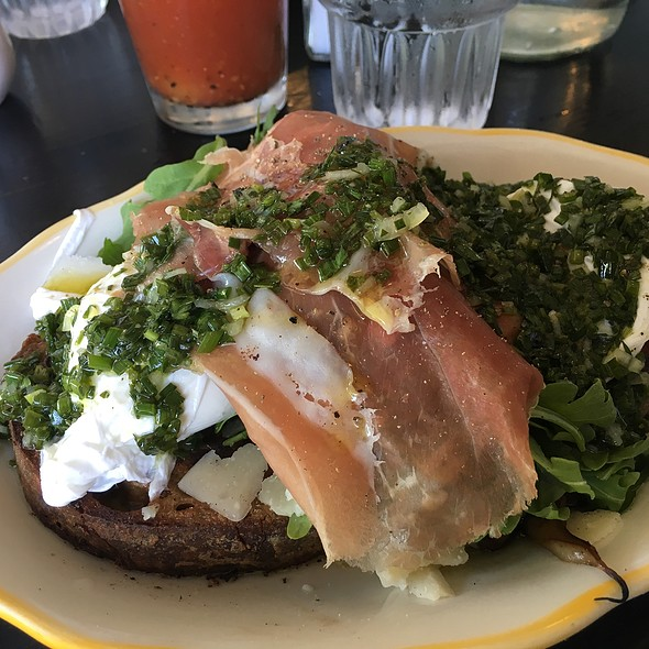 Eggs Benedict On Rye With Proscuitto