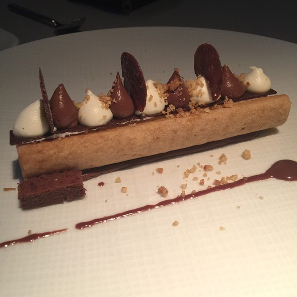 Haute Couture: Praline Tile, Hazelnuts, Chocolate, Vanilla Cream @ Club (Le) Chasse Et Pêche Restaurant