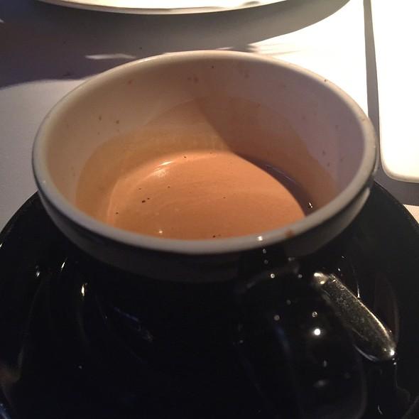 Double Espresso @ Club (Le) Chasse Et Pêche Restaurant