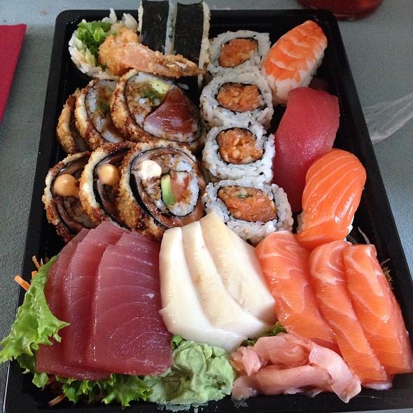 Sushi @ Taste of Asia