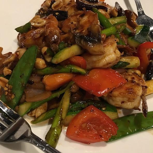 Kung Pao Shrimp @ Mikado Sushi
