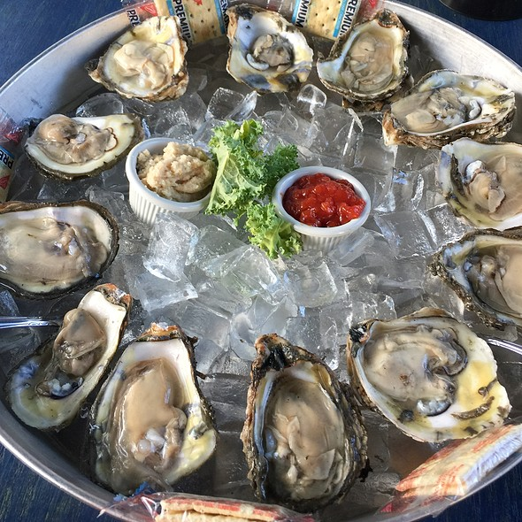 Oysters @ Mollys