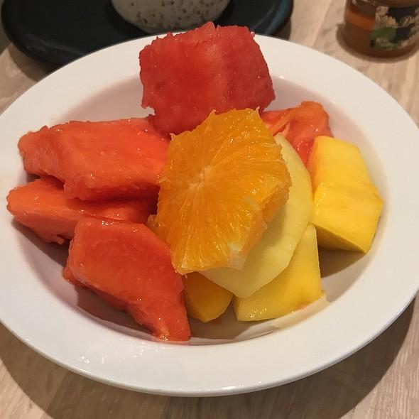 Breakfast Buffet - Fresh Fruit