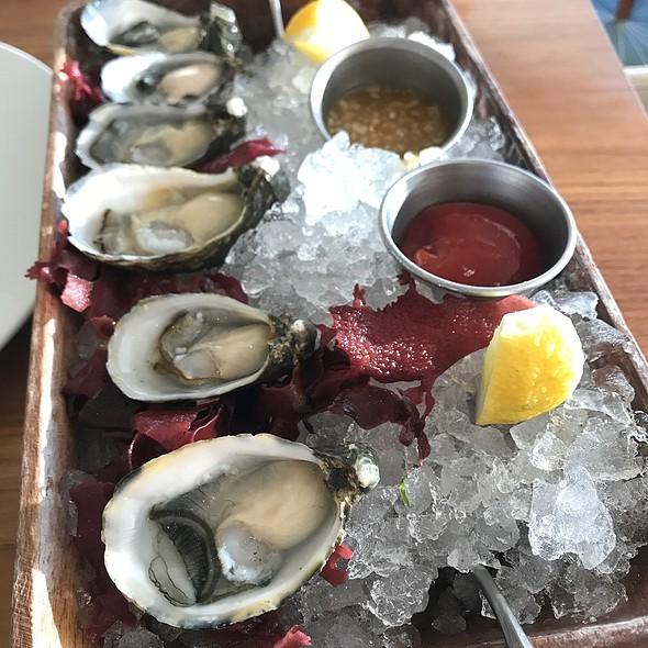 Oysters @ BLT Market