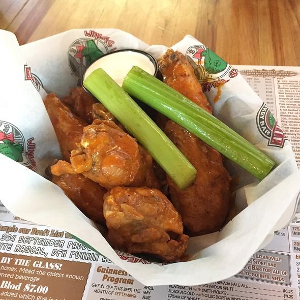 Caribbean Chicken Wings @ Winking Lizard Tavern