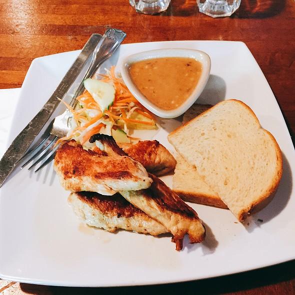 Satay Gai (Chicken Satay) @ Chic On Q
