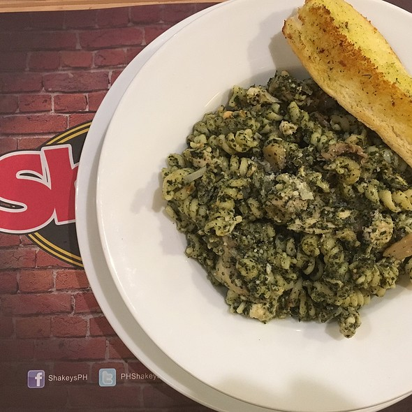 Chicken And Pesto Pasta