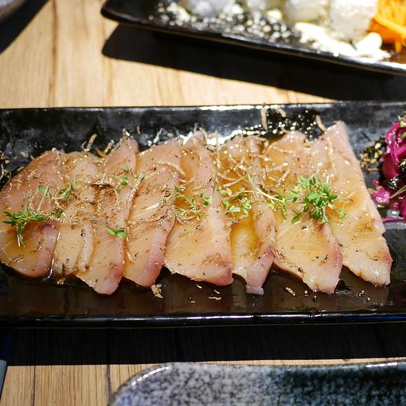 Yellowtail Sashimi New Style, Yuzu-Truffle-Sauce @ Zweigleisig