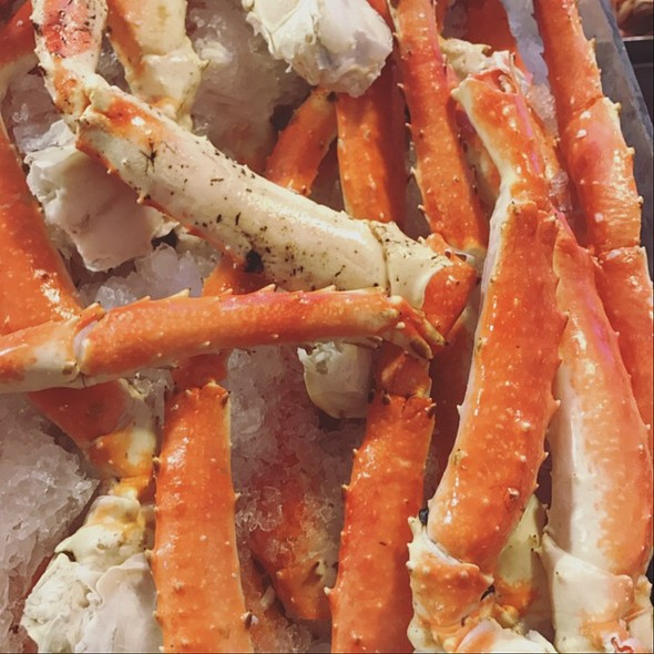 Crab Legs @ Pike Place Market