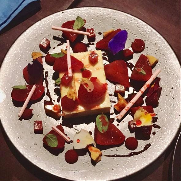 Dessert @ ROOH