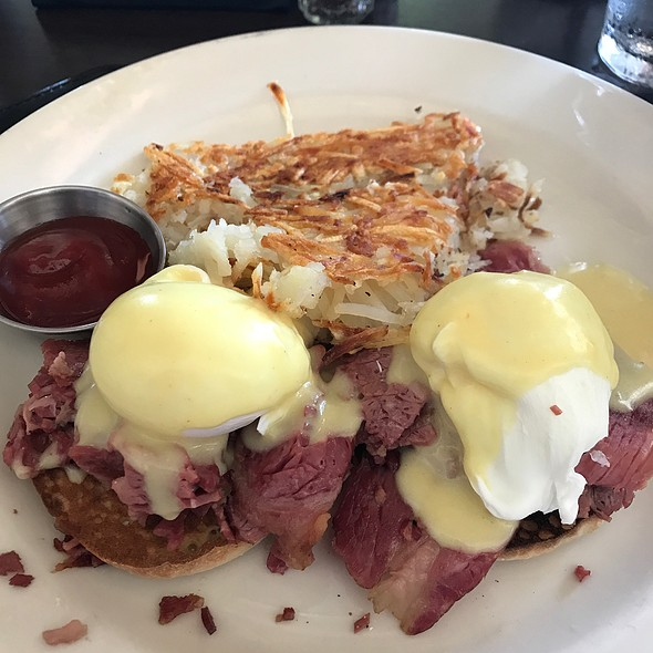 Corned Beef Eggs Benedict @ The Black Marlin Bar & Seafood Grill