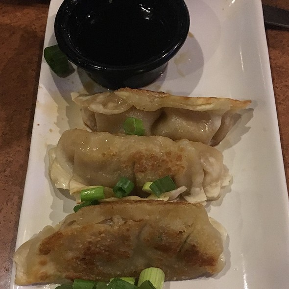 Pan Seared Pot Stickers @ T G I Friday's