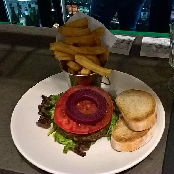 Spelt and Lentil Burger