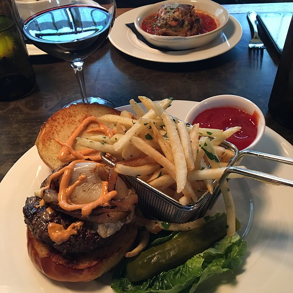 Braswood Burger And Truffle Fries