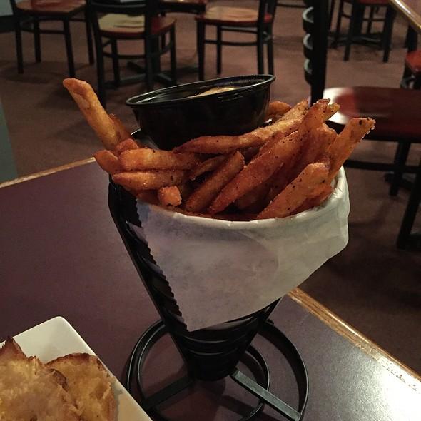 Slap Fries @ Village Inn Restaurant - Mackinac Island