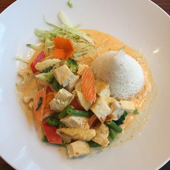 Dau Phu Curry