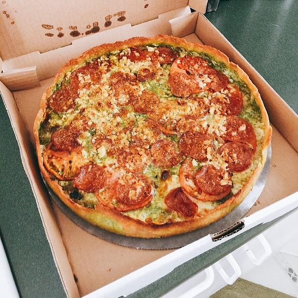 Pesto with Pepperoni  @ Zelda's Original Gourmet Pizza