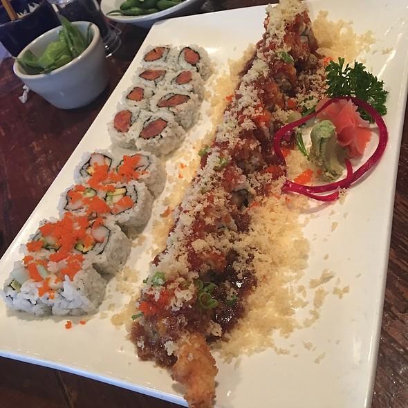 Sushi @ Umi Japanese Restaurant