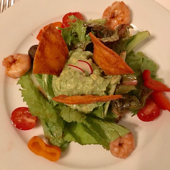 Shrimp And Guacamole Salad