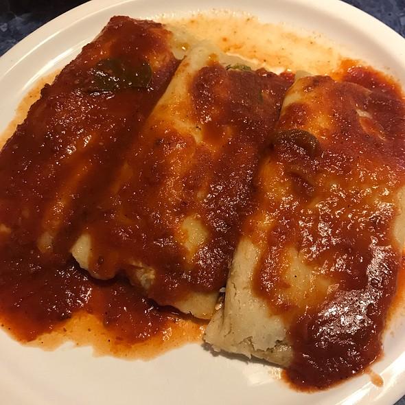 tamales @ La Siesta Mexican Restaurant