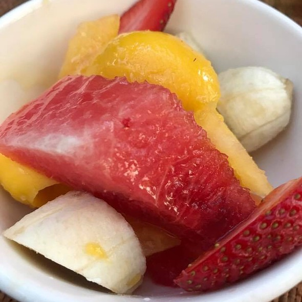 Fruits In Simple Syrup