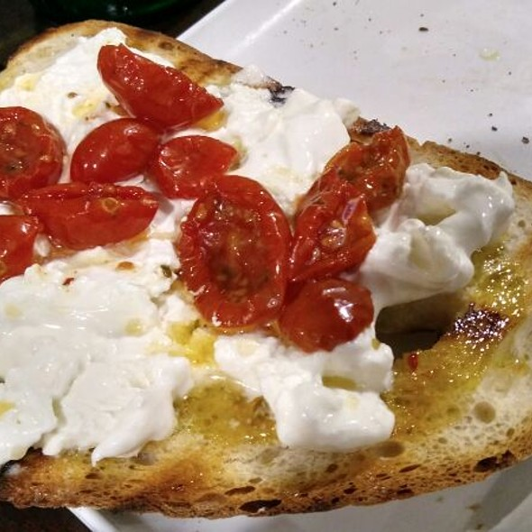 Bruschetta Burrata And Sweet Tomatoes