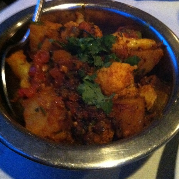 Aloo Ghobi @ Cross Culture