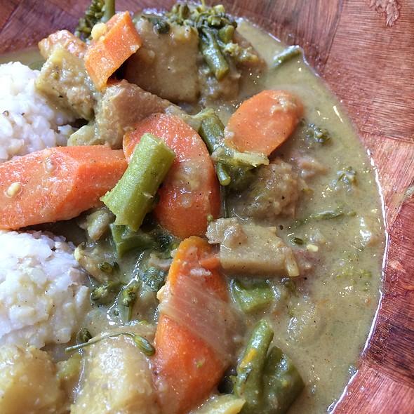 Kalo Curry @ UMEKE Market Natural Foods & Deli