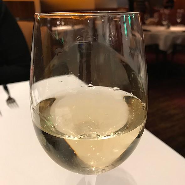 Pinot Grigio @ Elway's