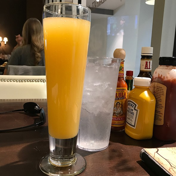 Mimosa @ Syrup Downtown