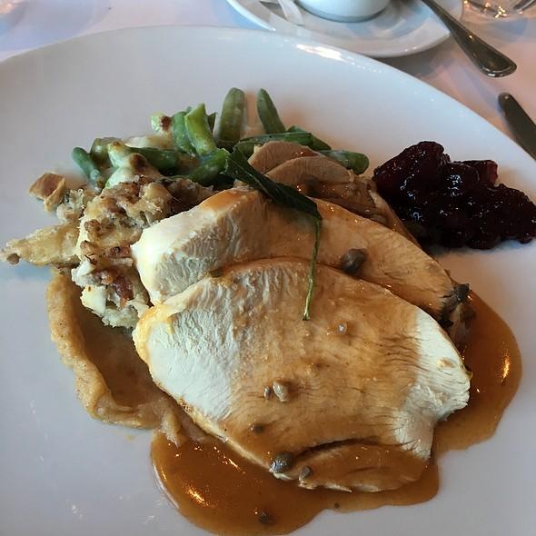 Oven Roasted Turkey Dinner @ Celebrity Solstice