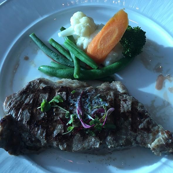 Steak @ Celebrity Solstice