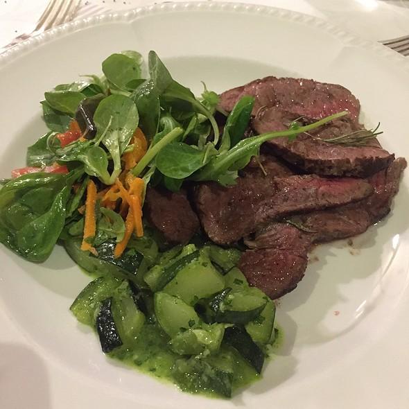 Sliced Meet On Salad Chest