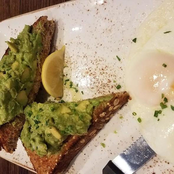 Avocado Toast @ First Watch