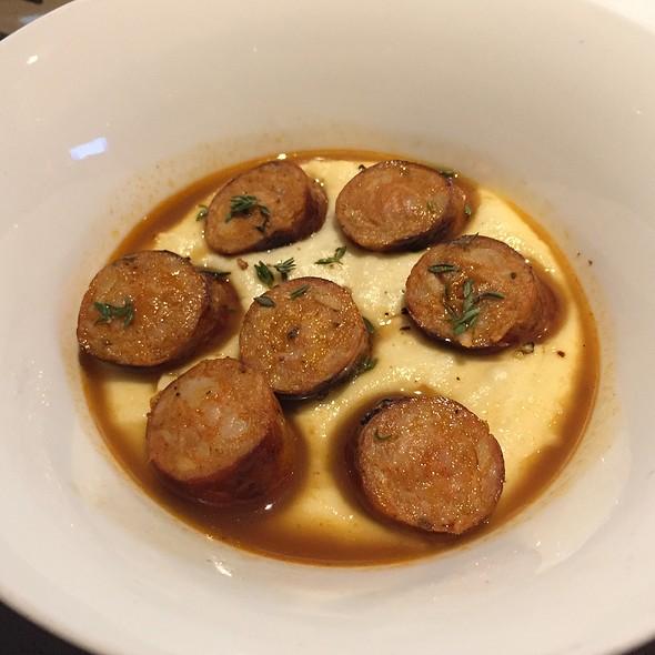 Chorizo Casero Con Pure De Patatas Al Aceite De Oliva @ Jaleo