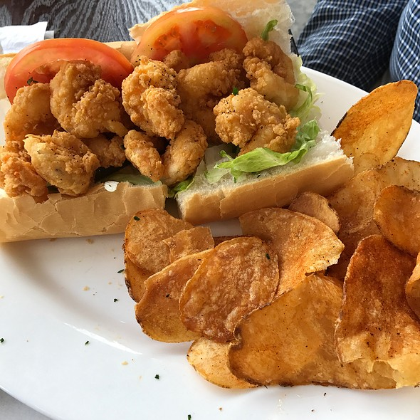 Shrimp Poboy