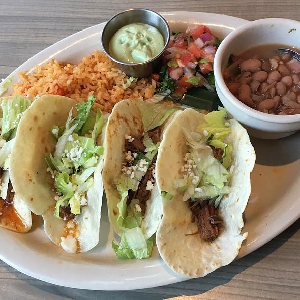Brisket Taco Meal