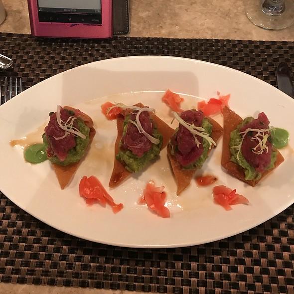 Tuna Tartare With Guacamole