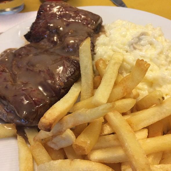 Filet Mignon Com Arroz Piamontese @ D-Vino Restaurante